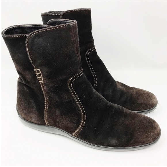 Tod's Brown Suede Ankle Boots Size 39.5